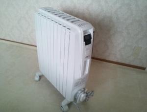 デロンギ オイルヒーター (300x229).jpg