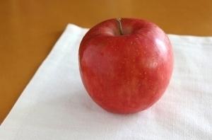 リンゴ (300x198).jpg