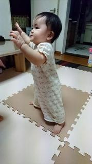 立つ練習♪1 (281x500).jpg